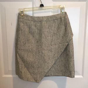 Metallic thread tweed skirt